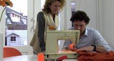 Film: Rick maakt gordijnen voor Adriënne
