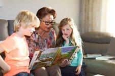 Film: Heel Nederland helpt: WeHelpen in Rhedense Dorpen